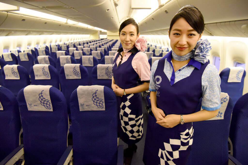 Comissárias De Bordo Revelam Segredos De Voo e Como é Trabalhar Em Uma Companhia Aérea