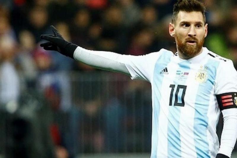 31-Messi-Dia-a-Dia-16-22599-36350.jpeg