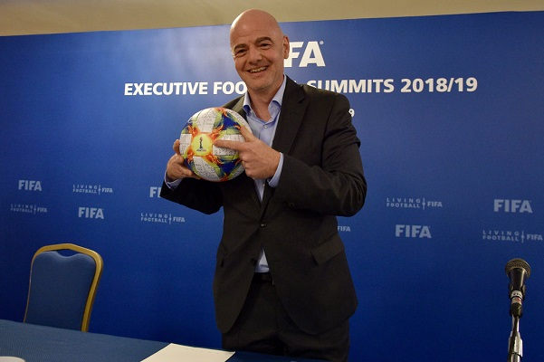 16 FIFA UEFA 8