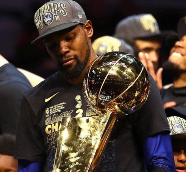 28 NBA Lujos 15