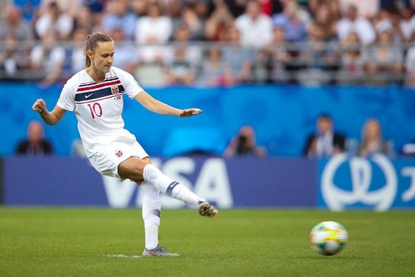 19 Mujeres Futbolistas 16