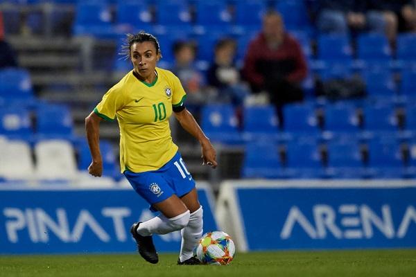 19 Mujeres Futbolistas 9