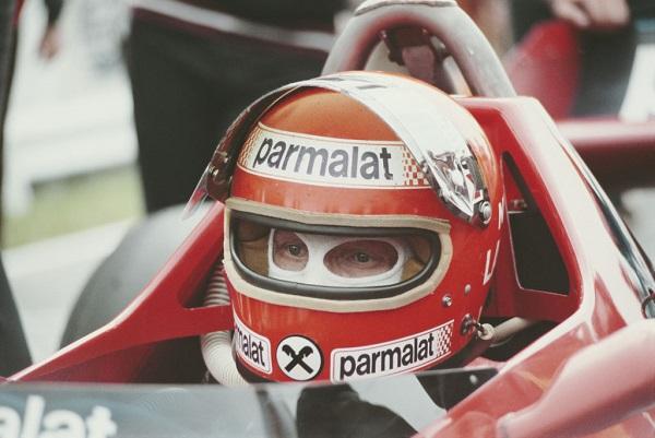 29 Niki Lauda 15