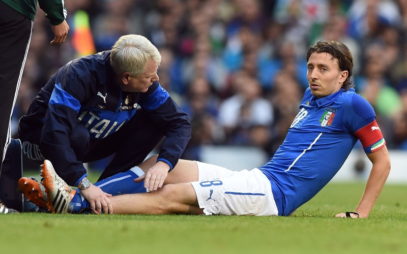 riccardo-montolivo-injury-during-friendly-match-against-ireland