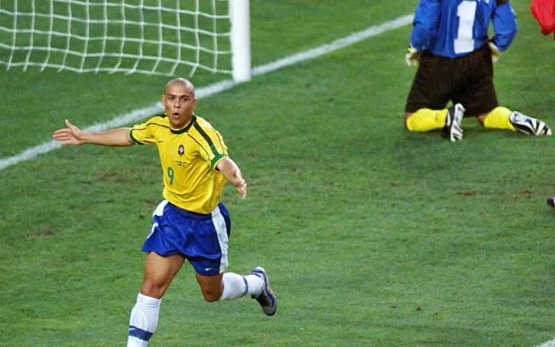 ronaldo-nazario-goal-world-cup