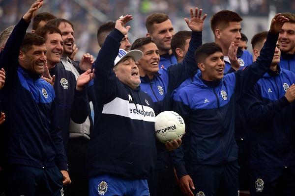 6 Maradona Gimnasia 12