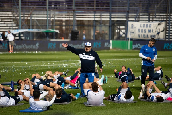 6 Maradona Gimnasia 13