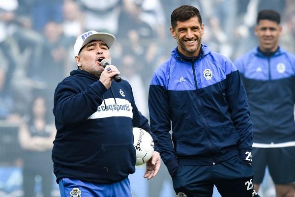 6 Maradona Gimnasia 14