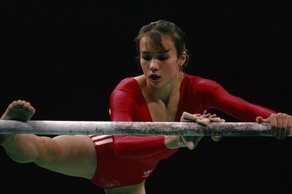 7 Atletas Mujeres Gimnasia 15