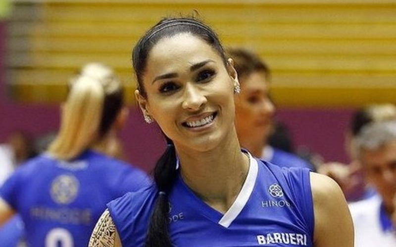 jaqueline-carvalho-voley-player