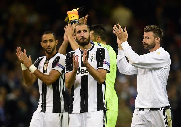 18 Champions 15