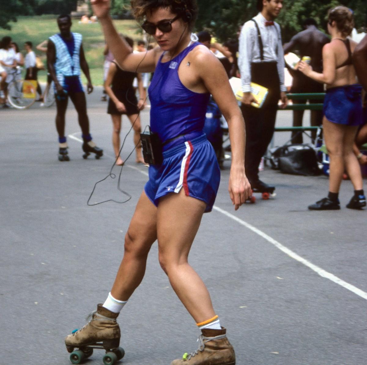 rollerskater-listening-to-her-walkman