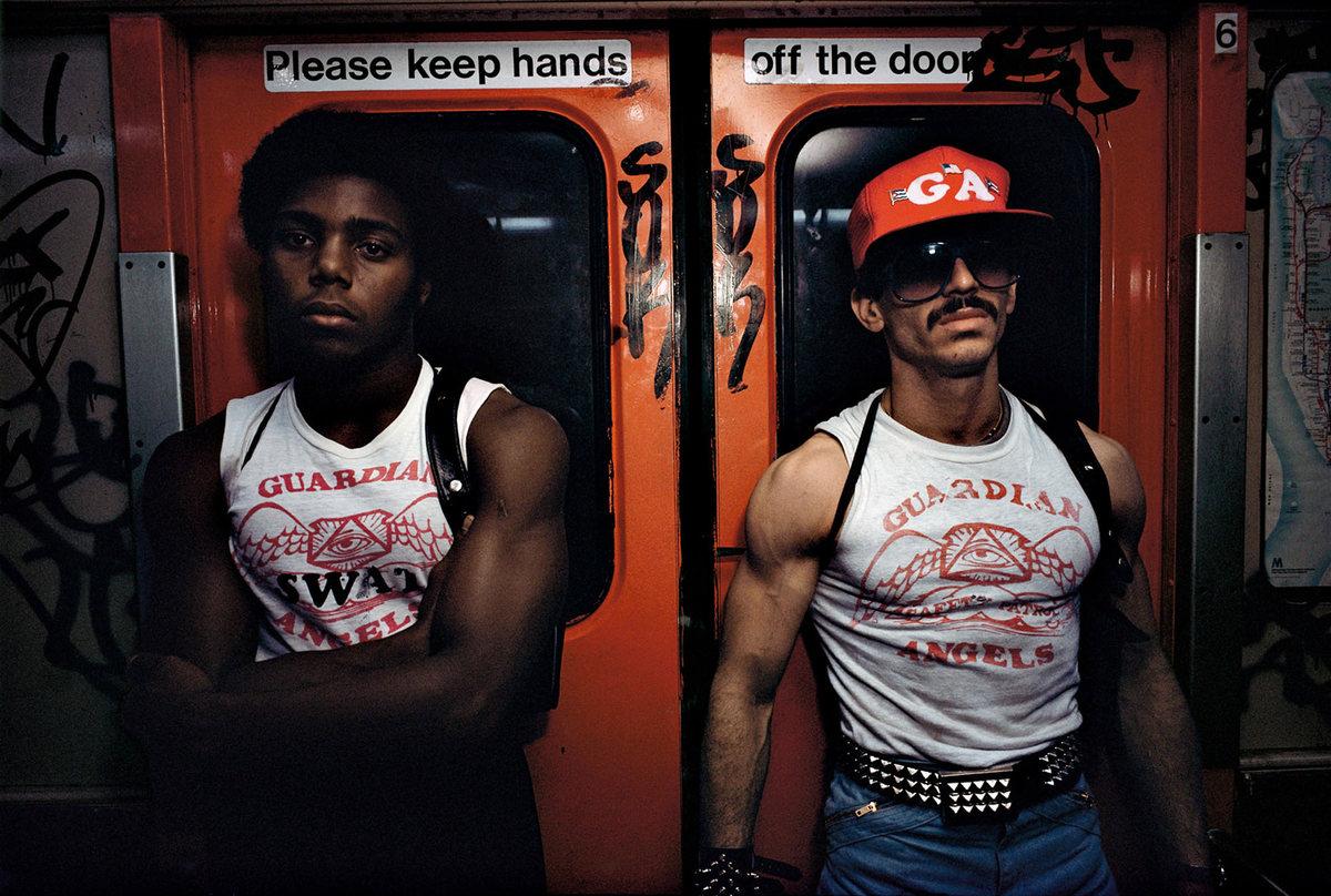 new-york-subway-guardian-angels