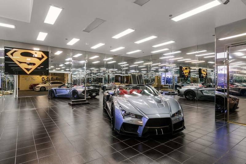car-room