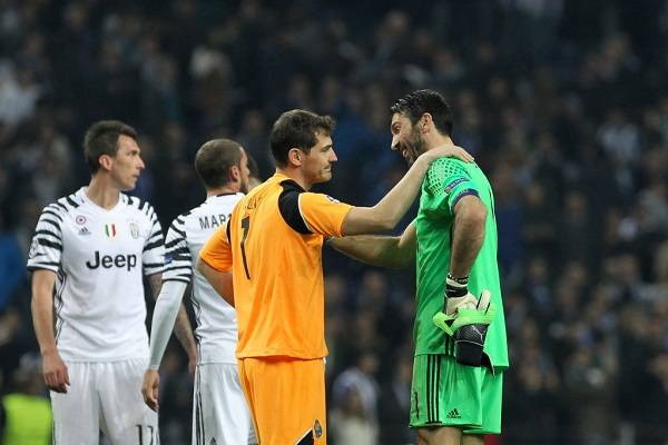 20 Casillas Despedida 18