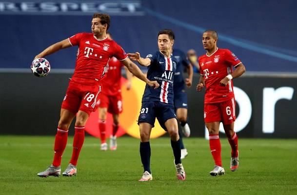 30 Bayern Champions 13