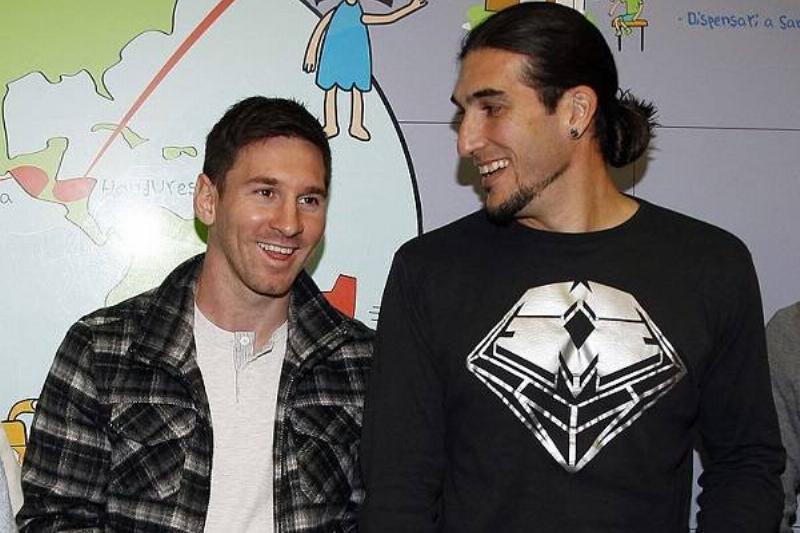 07 Amigos Messi 5