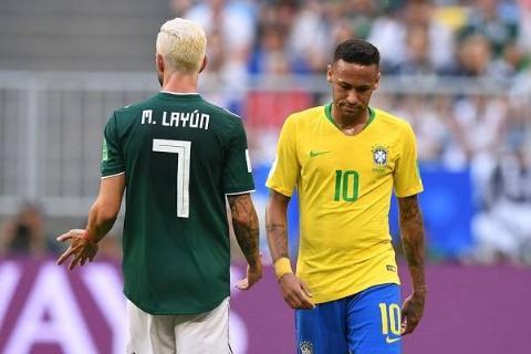 12 Neymar Criticado 12