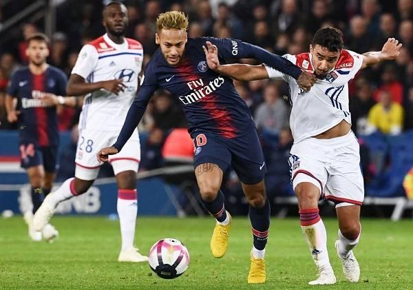 12 Neymar Criticado 13