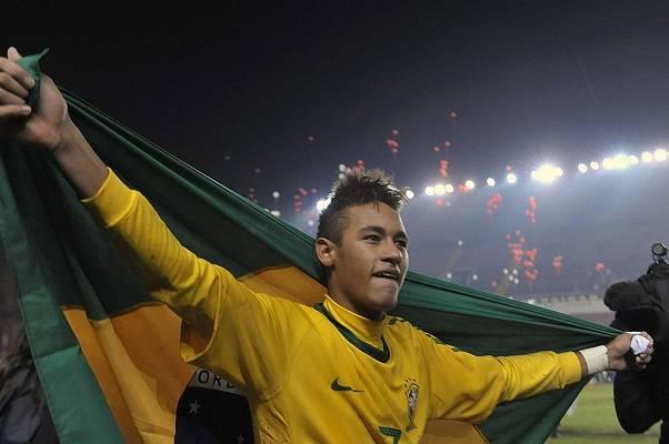 12 Neymar Criticado 15