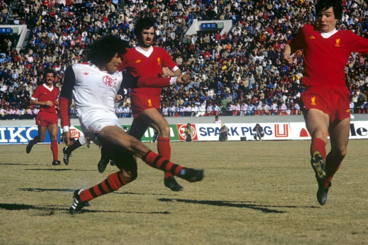 Soccer - Toyota Cup - World Club Championship - Liverpool v Flamengo - National Stadium, Tokyo