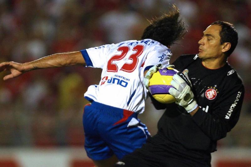 Goalie Clemer da Silva of Brazil's Inter...