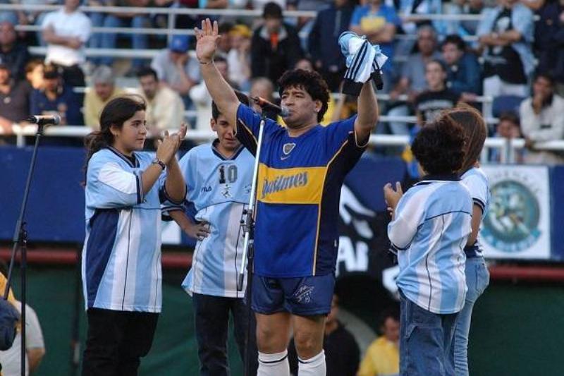 17 Maradona Fallece 15