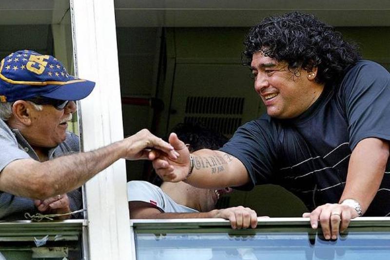 17 Maradona Fallece 17