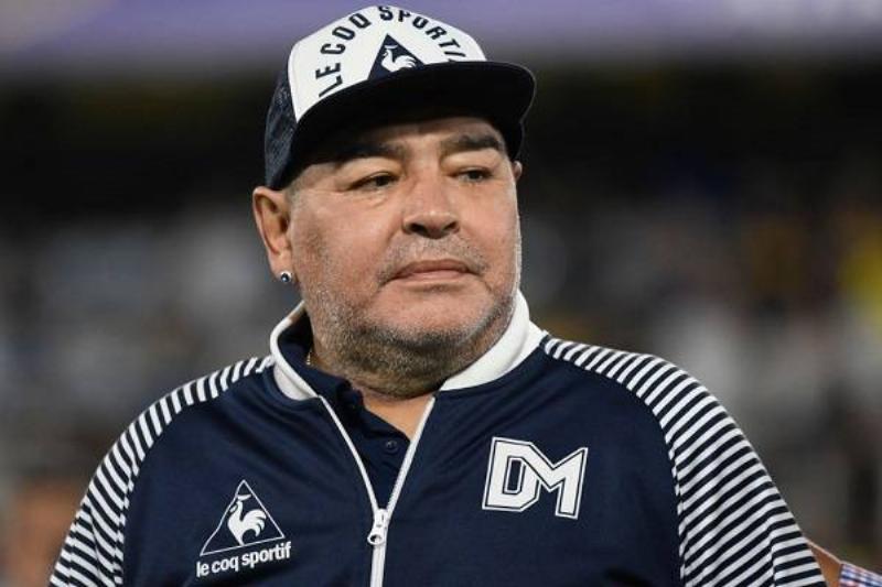 17 Maradona Fallece 3