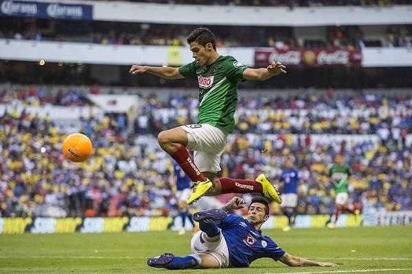 8 Raúl Jiménez 4