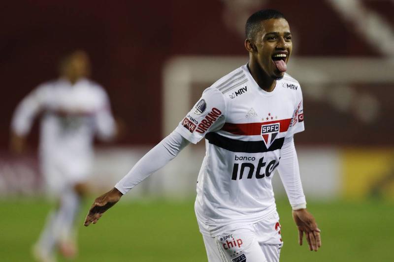 Lanus v Sao Paulo - Copa CONMEBOL Sudamericana 2020