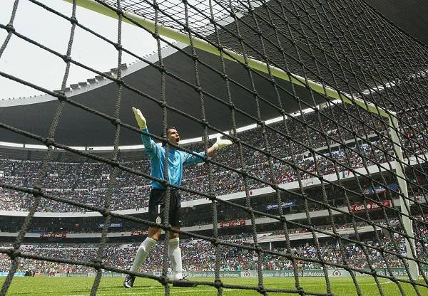 15 Oswaldo Sanchez 1