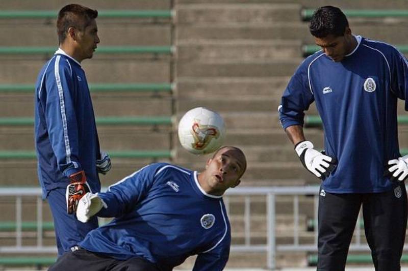 15 Oswaldo Sanchez 10