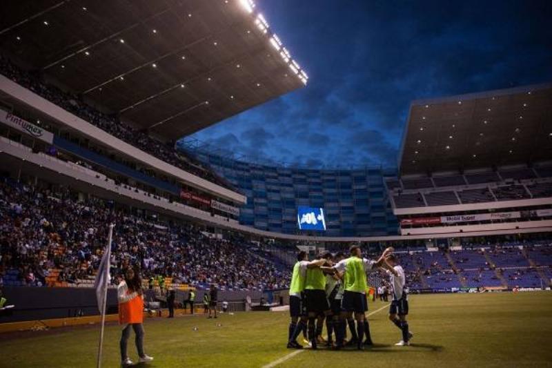 2 Estadios Mexico 16