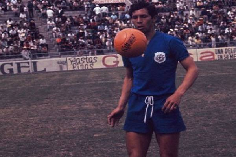8 Futbolistas Historicos Cruz Azul 12