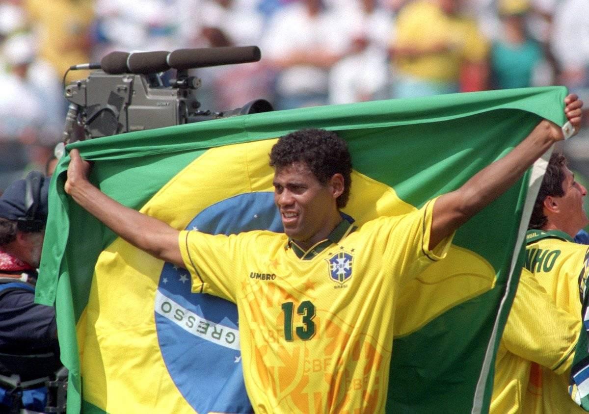 Fußball-WM '94: Weltmeister Aldair jubelt