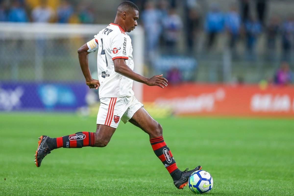 Gremio v Flamengo - Brasileirao Series A 2018
