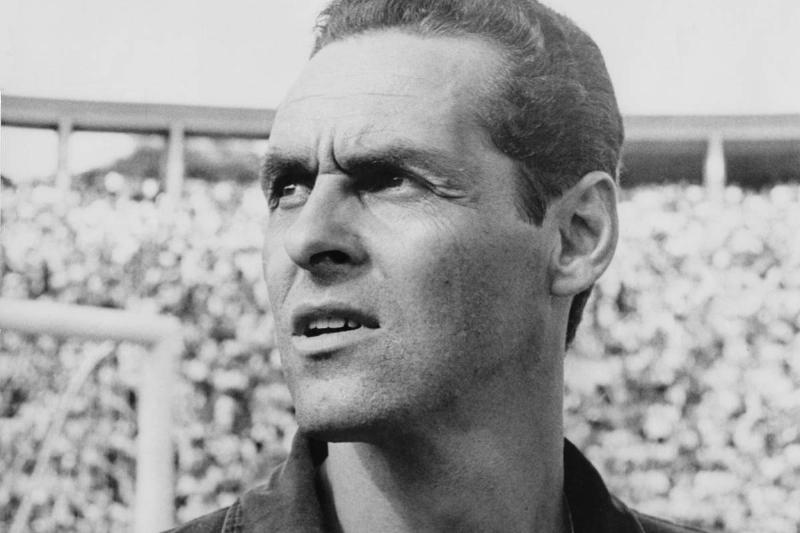 Brazilian goalkeeper Gylmar dos Santos Neves, aka Gilmar of Santos FC, Brazil, circa 1965