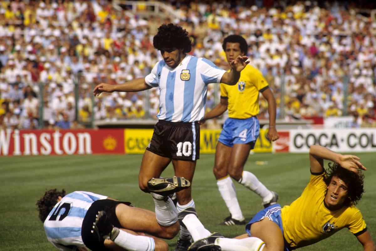 Soccer - World Cup Spain 1982 - Group C - Brazil v Argentina - Sarria Stadium