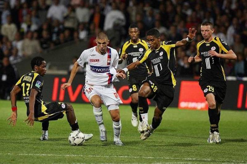 13 Karim Benzema 14