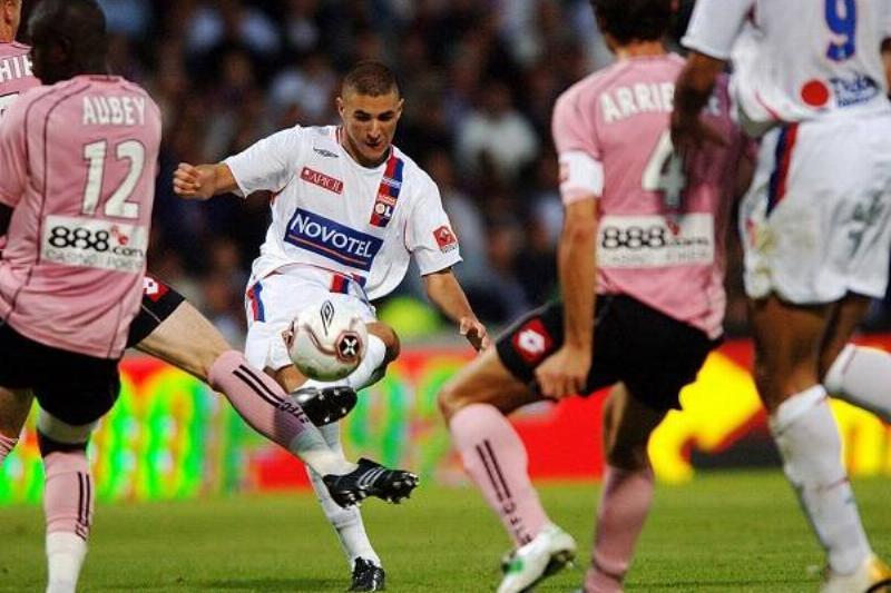 13 Karim Benzema 7