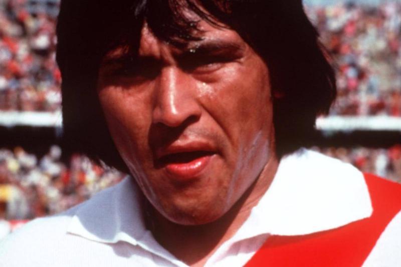 Hugo Yeren Sotil, Peru