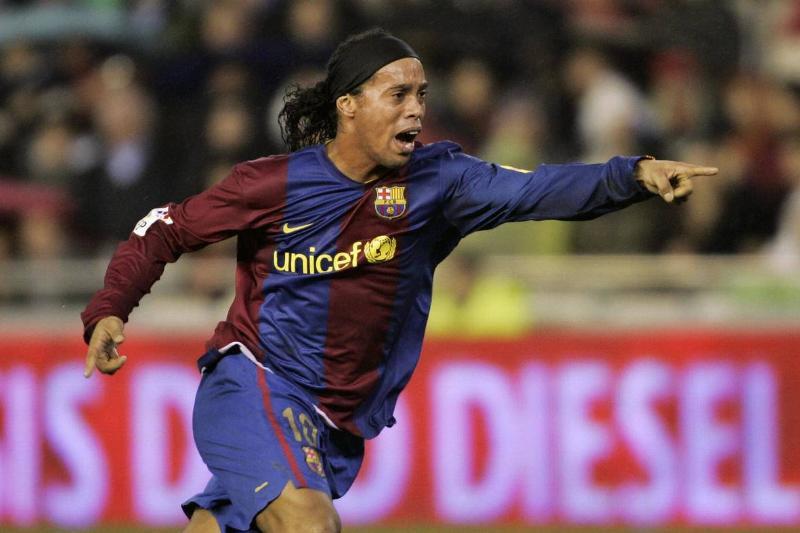 Barcelona?s Brazilian Ronaldinho celebra...