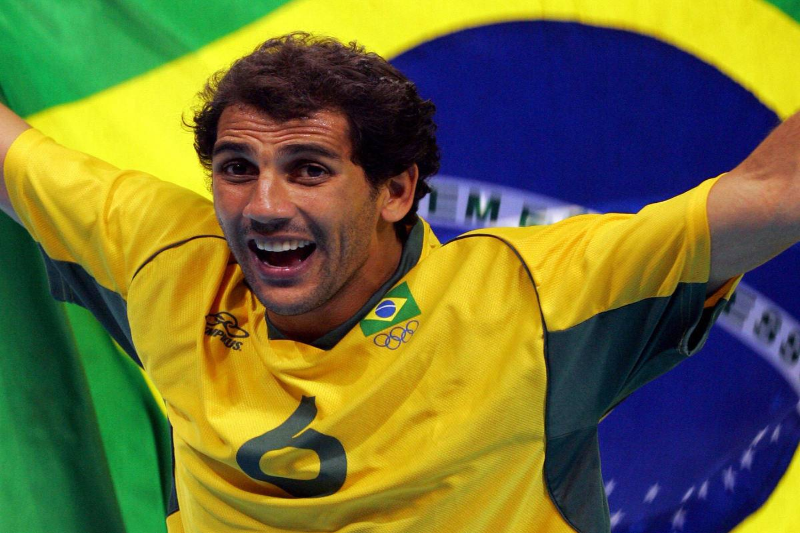 Brazilian Mauricio Lima displays his nat