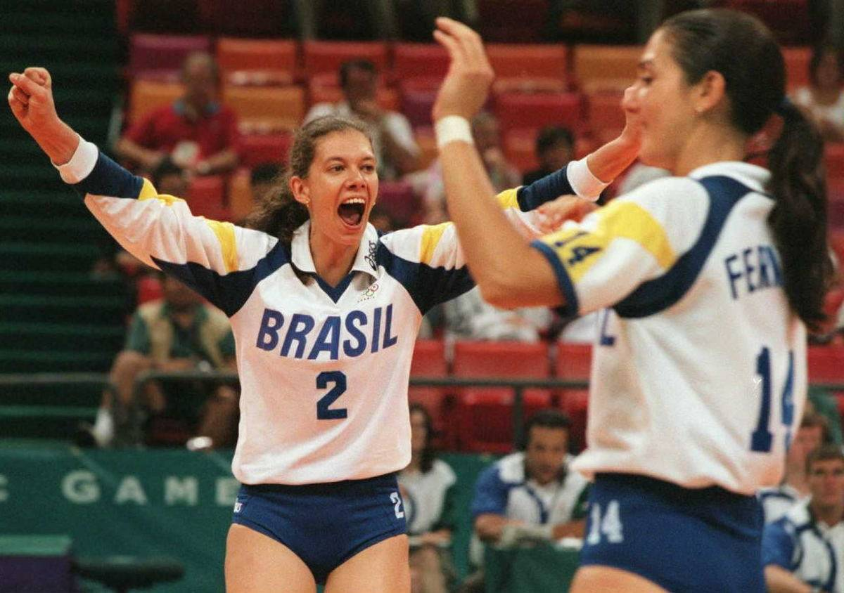 Brazilian players Ana Moser (2) and Fernanda Ventu