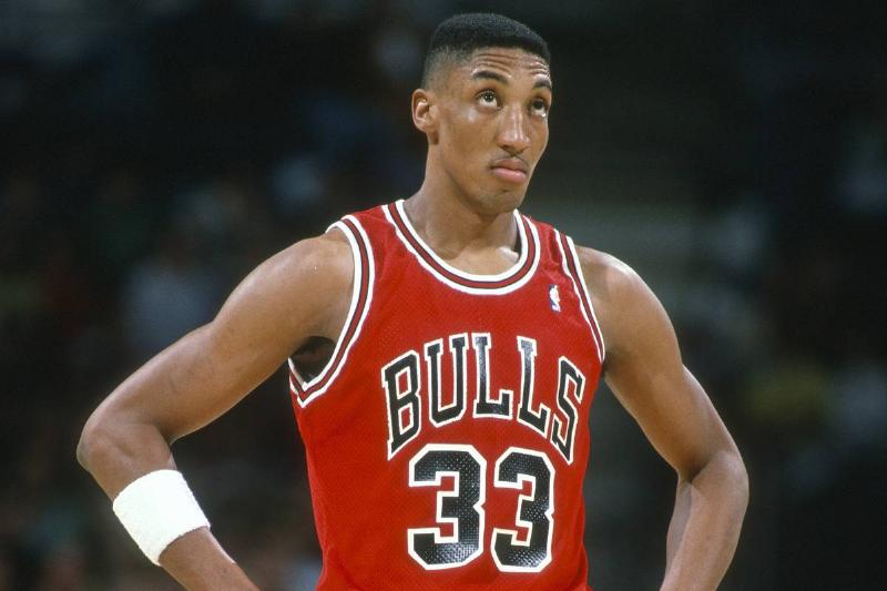 Scottie Pippen #33 of the Chicago Bulls looks on against the Milwaukee Bucks during an NBA basketball game circa 1990 at the Bradley Center in Milwaukee, Wisconsin