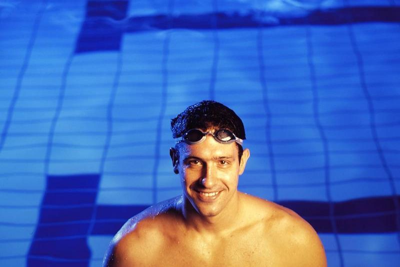Swimming - Gustavo Borges