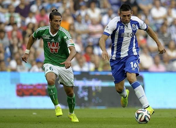 7 Hector Herrera 15