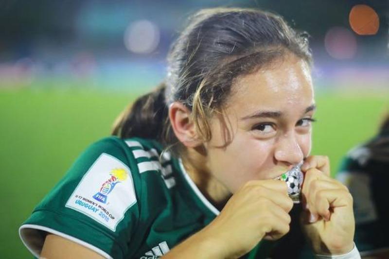 04 Futbol Femenino Mex 10