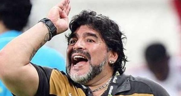 40-1-maradona-eau-uruguay